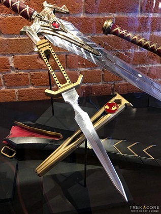 Icon Heores [jouets, statuettes, objets de collection] Dagger-orig-696x928